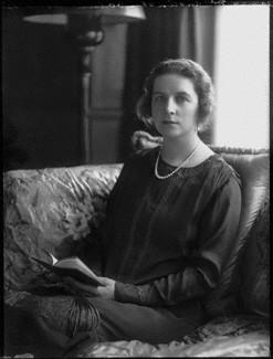 NPG x74733; Ivy Muriel (nÈe Dundas), Lady Chamberlain by Bassano