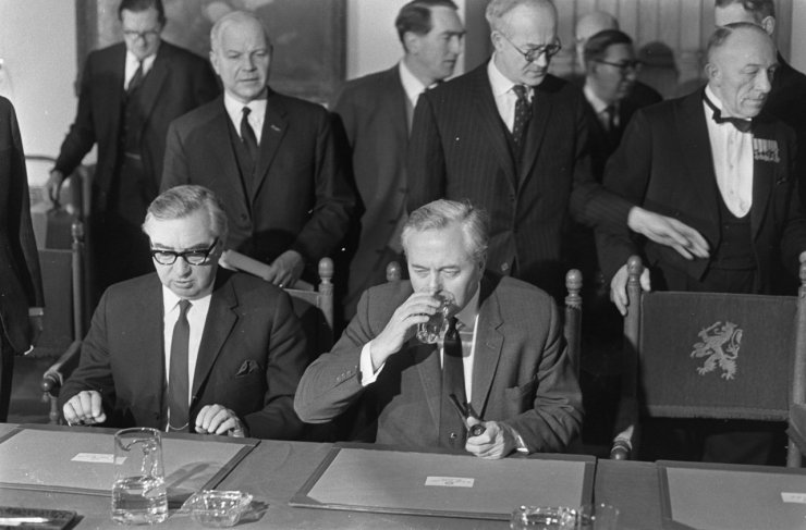 Harold_Wilson_and_George_Brown,_1967