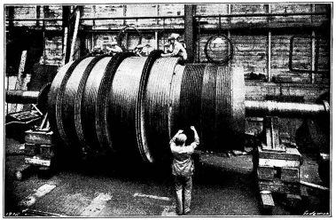 The_Steam_Turbine,_1911_-_Fig_20_-_Blading_a_Turbine_at_the_Turbinia_Works
