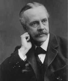 800px-Arthur_Balfour,_photo_portrait_facing_left